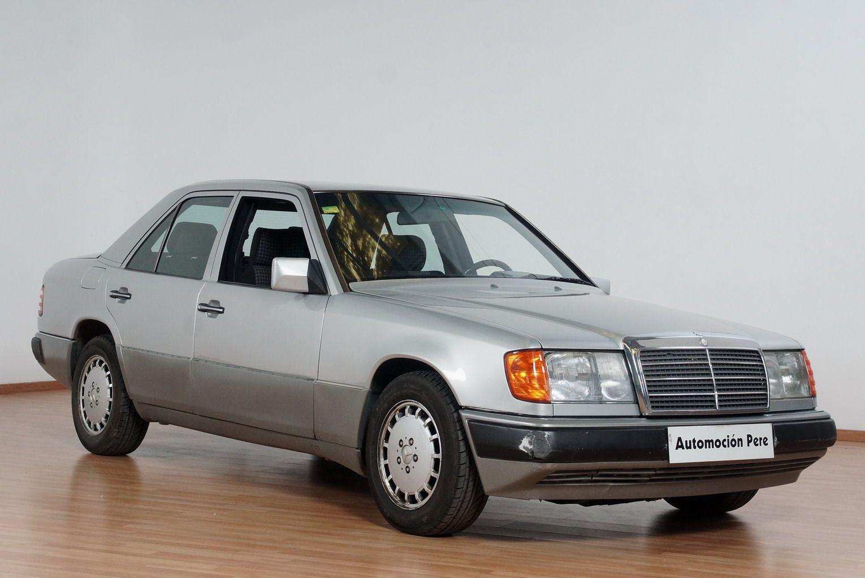 Mercedes Benz E300 D Automático. Vehículo Nacional.