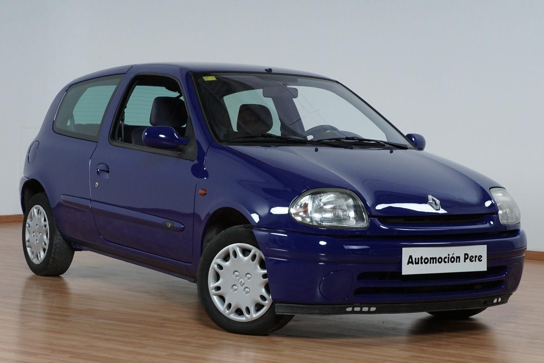 Renault Clio 1.2i RN