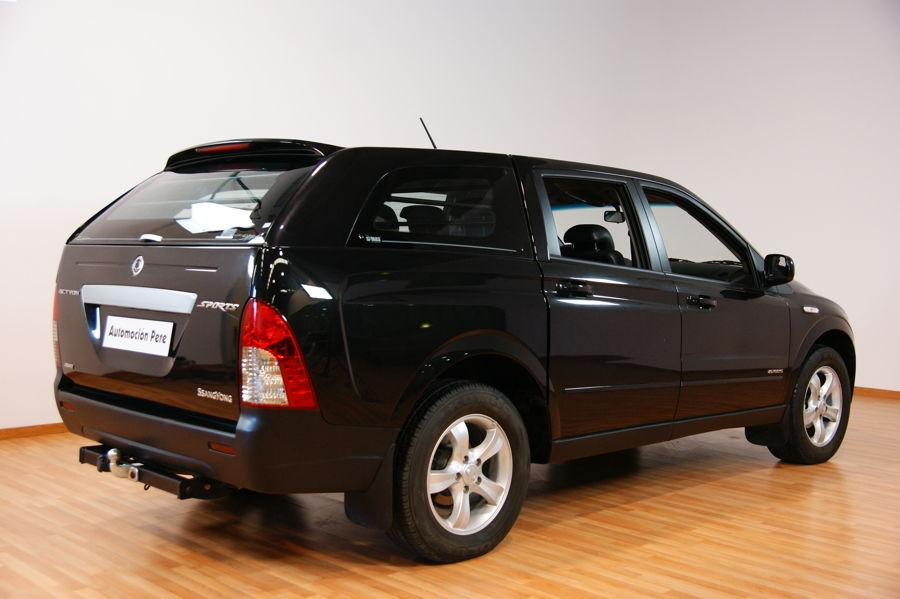 SSANGYONG ACTYON SPORT LIMITED 2.0 Xdi 4X4. PICK-UP.