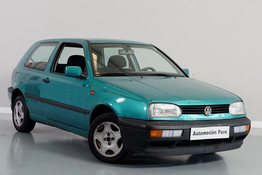 Nueva Recepción: Volkswagen Golf 1.8i GL Automático.