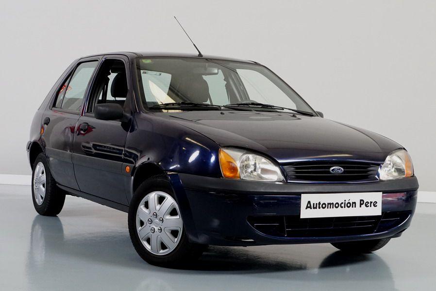 Ford Fiesta 1.3i Trend 5 Puertas. 1 Propietario. Pocos Kms! Económico y Garantía 12 Meses.