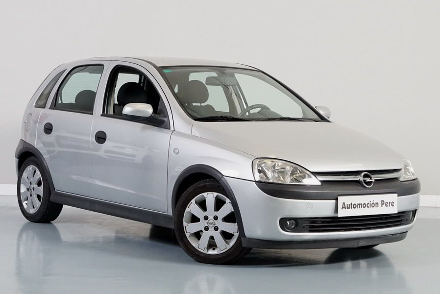 Opel Corsa 1.2i Edition. Pocos Kms. 1 Propietario.