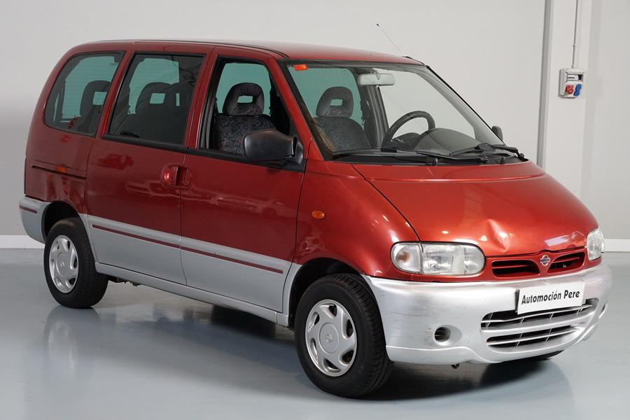 Nissan Serena 2.3 Diesel SLX 7 Plazas. Económico. Garantía 12 Meses. Con Desperfectos de Carroceria. OJO! Ver Fotos.