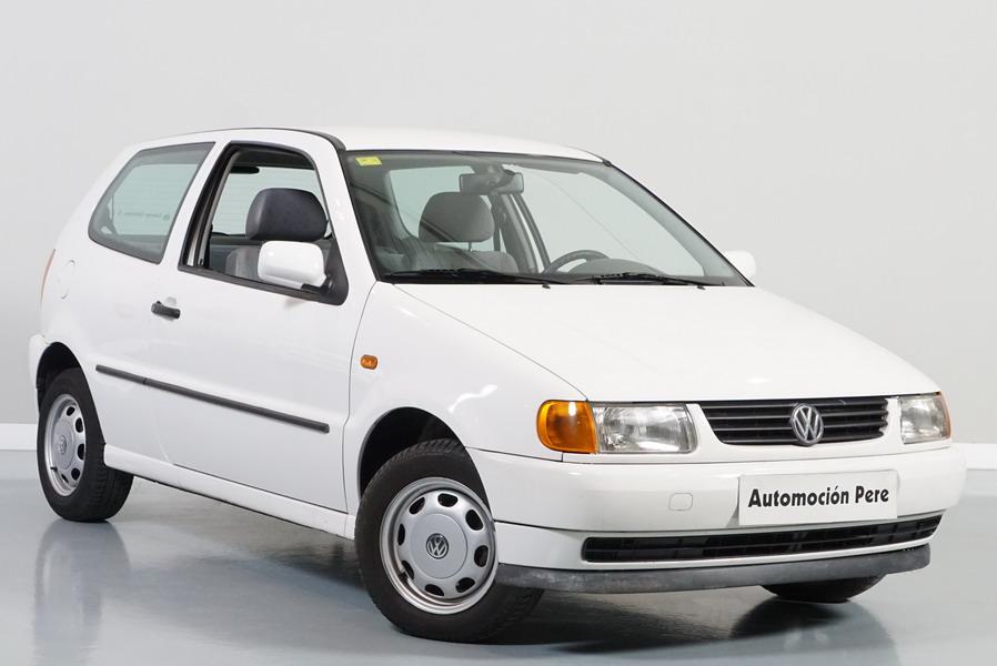 Volkswagen Polo 1.4i. 1 Sola Propietaria. Pocos Kms, Revisado, Económico y con 12 Meses de Garantía.