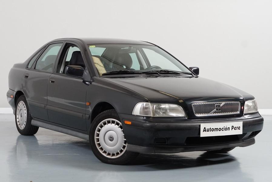 Volvo S40 1.8i SE 115 CV. 1 Solo Propietario (Ver Foto) Revisiones Selladas. Garantía 1 Año.