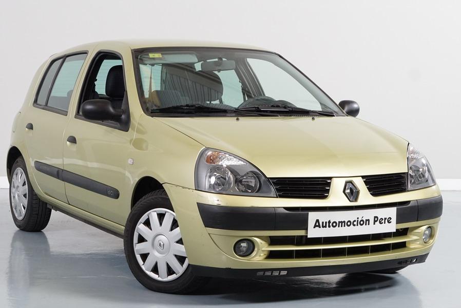 Renault Clio 1.5 dCi Expressión. SOLO 33.234 Kms!! 1 Solo Propietario. Revisiones Selladas (Ver Foto) Revisado y Garantía 1 Año.