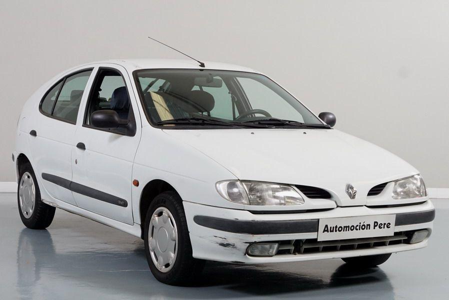 Renault Megane 1.9 Turbodiesel RN. Económico, Revisado y Garantía 12 Meses.
