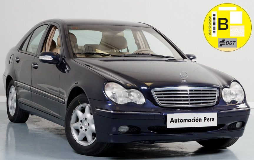 Mercedes Benz C 200 Kompressor Elegance Aut/Sec. Pocos Kms. Revisiones Selladas. Garantía 12 Meses.