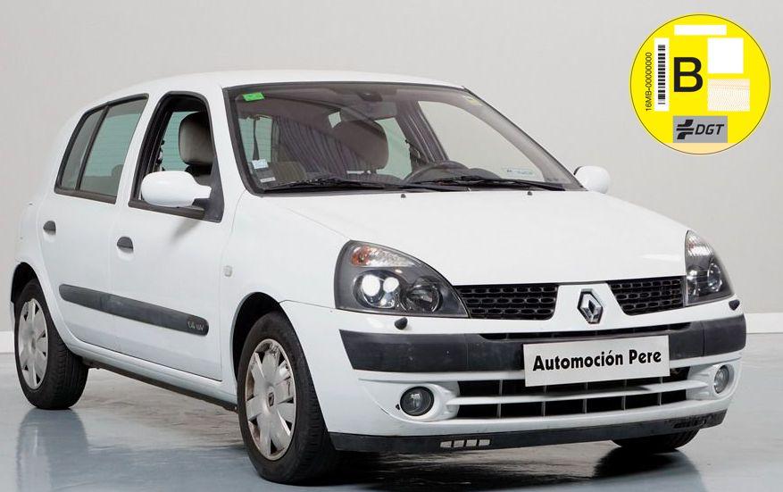 Renault Clio 1.4i Automático Privilege. Único Dueña- Pocos Kms. Equipado! Garantía 12 Meses.